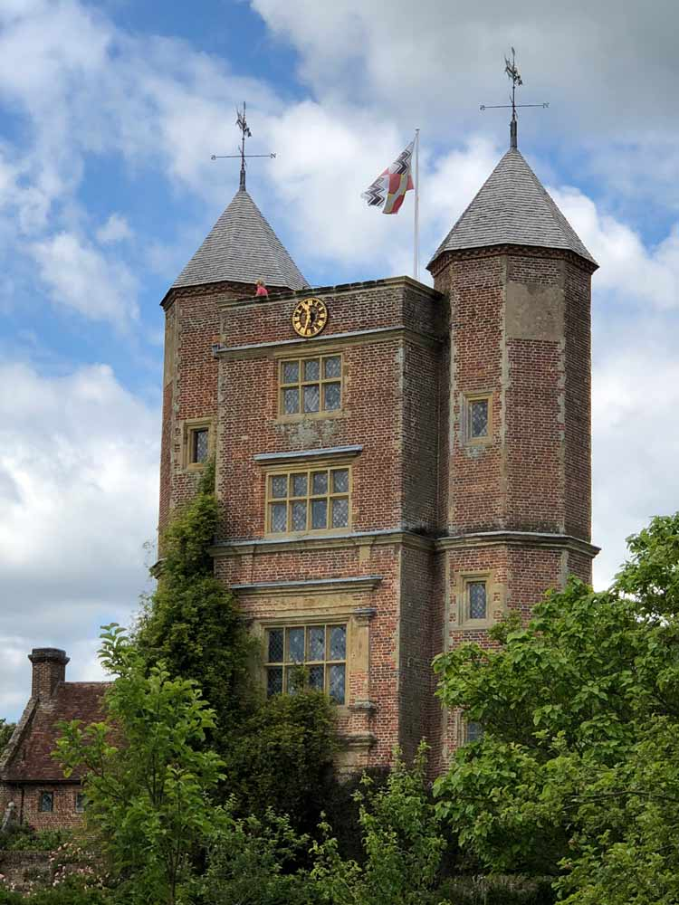 Sissinghurst Kent Tea and Scones