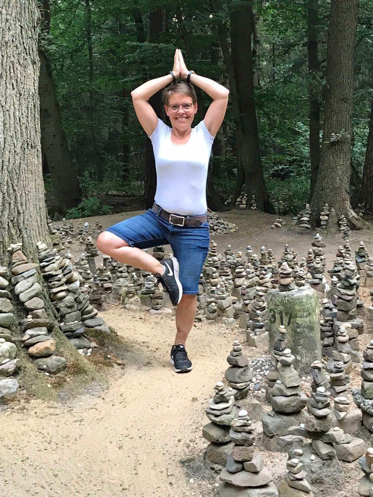 Yoga im Wald am Niederrhein