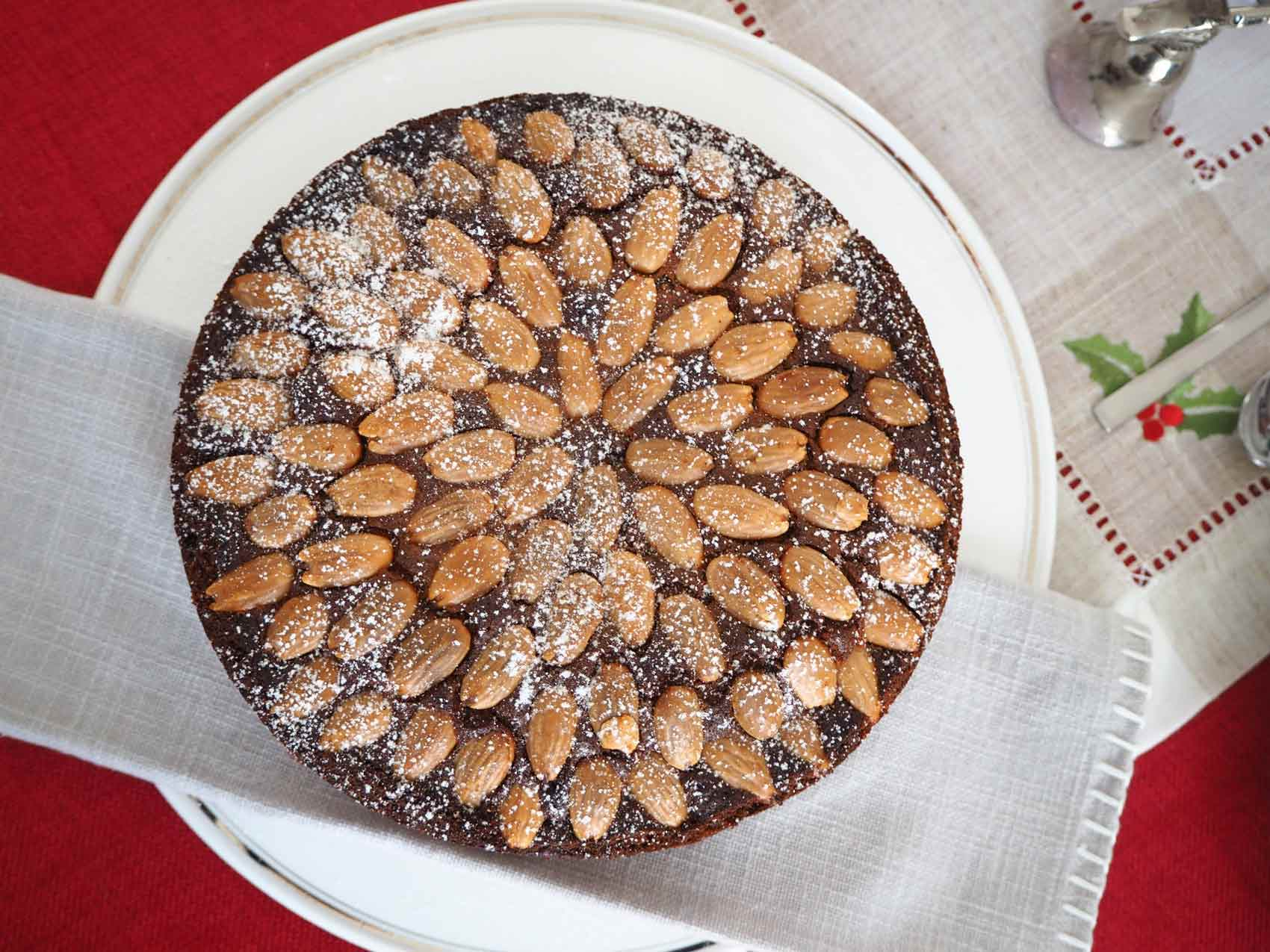 Schottische Rezeptwelt: Dundee Cake mit Rezept
