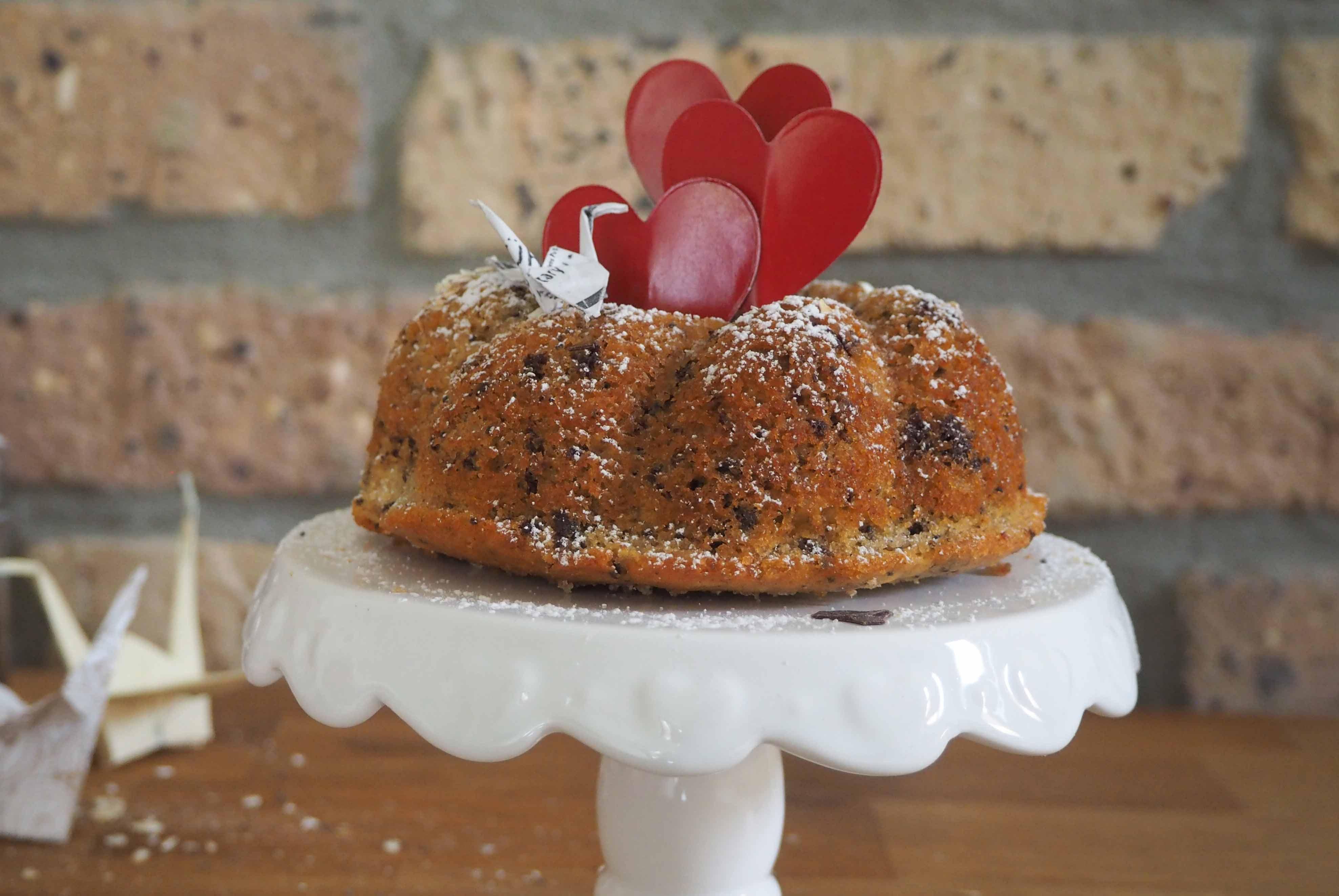 Valentinstag-Idee: Mini Gugelhupf und Muffins mit Banane, Haferflocken und Schokolade